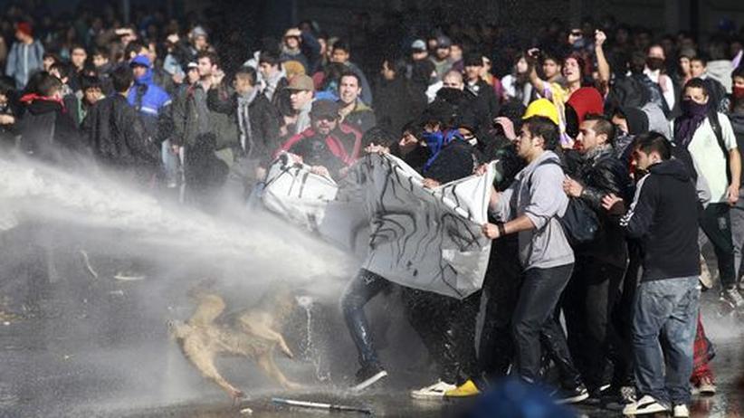 Bildungsproteste: Chiles Regierung will mit wütenden Studenten reden