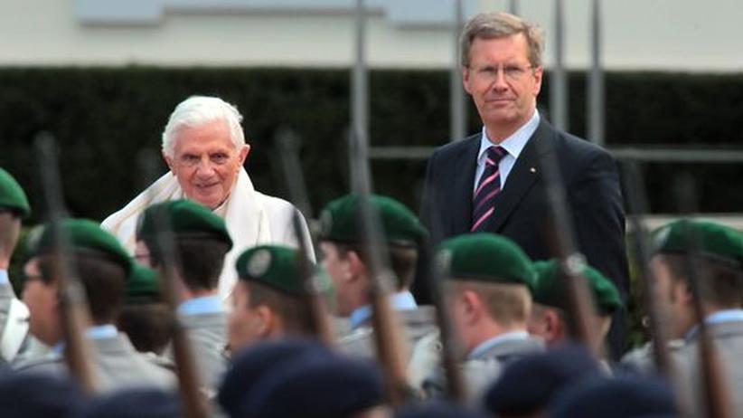 Benedikt in Deutschland: Papst beklagt Gleichgültigkeit gegenüber Religion