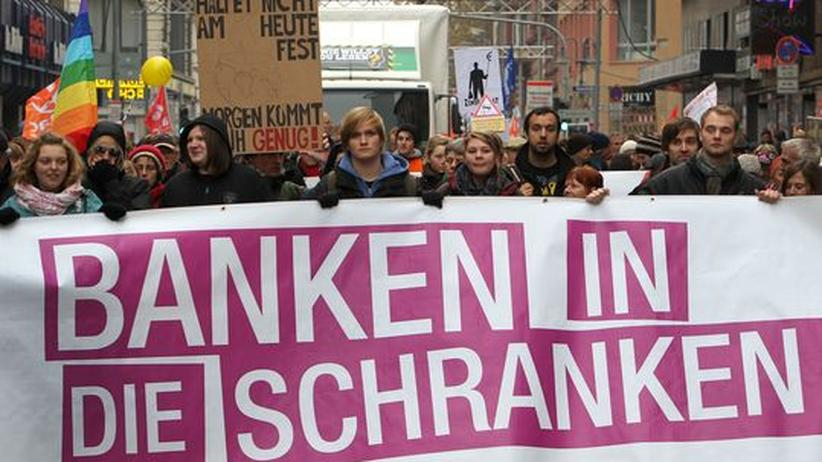 Occupy Frankfurt: Bankengegnern glückt Bewährungsprobe