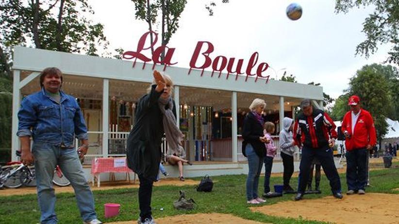 Gorki Park: Boules-Spieler im Gorki Park