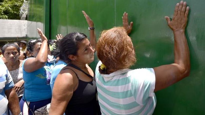 Bandenkrieg: Dutzende Tote bei Kämpfen in venezolanischem Gefängnis