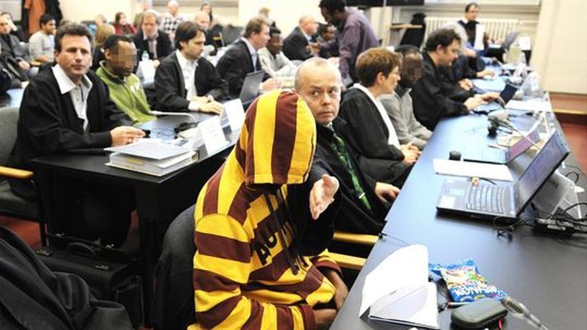 Prozess: Somalische Piraten in Deutschland zu Haft verurteilt