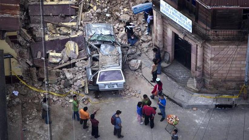 Naturkatastrophe: Verwüstungen nach dem Beben in guatemalischen Stadt San Marcos