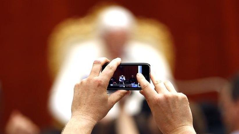 Twitter: Der Papst zwitschert die Botschaft