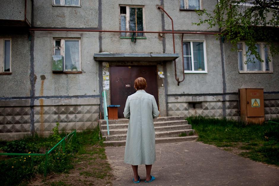 Laut dem Zensus von 2002 wohnen in der Teilrepublik Komi um die 9.000 Deutsche, meist in der Hauptstadt Syktyvkar.