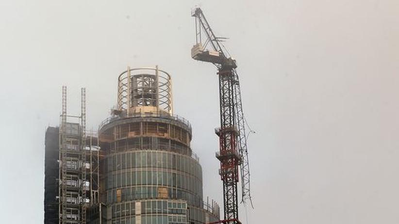 Großbritannien: Zwei Tote bei Hubschrauberabsturz in London