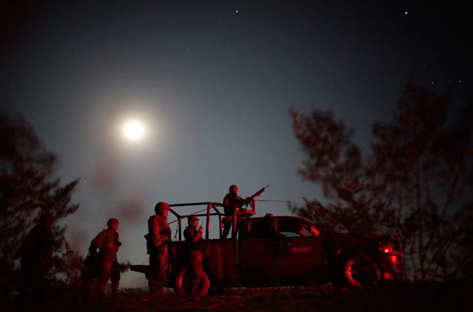 Auch Armee-Einheiten beteiligten sich an der Operation.