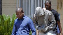 Pistorius beim Verlassen der Polizeistation in Boschkop nahe seines Wohnorts