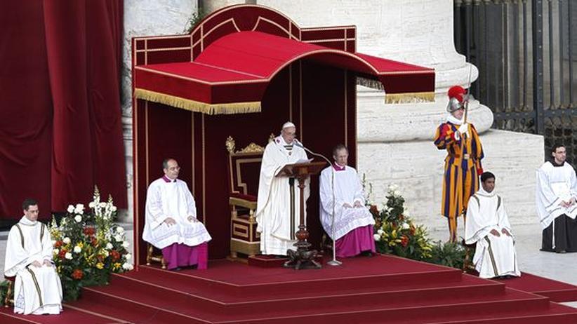 Amtseinführung: Franziskus predigt Sanftmut