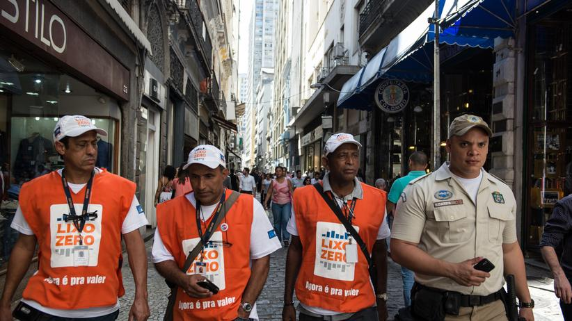 """Brasilien: """"Lixo Zero"""" - kein Müll soll auf den Straßen liegen. Verstöße werden verfolgt."""