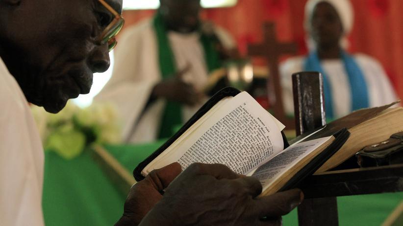 Sudan: Sonntagsgottesdienst in einer christlichen Kirche in einem Vorort der sudanesischen Hauptstadt Khartum (Archiv)