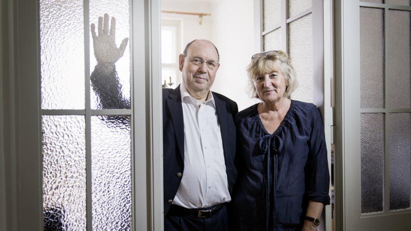 Bekenntnis: Liebe statt Amt: Anne Schneider, 65, und ihr Mann Nikolaus, 66