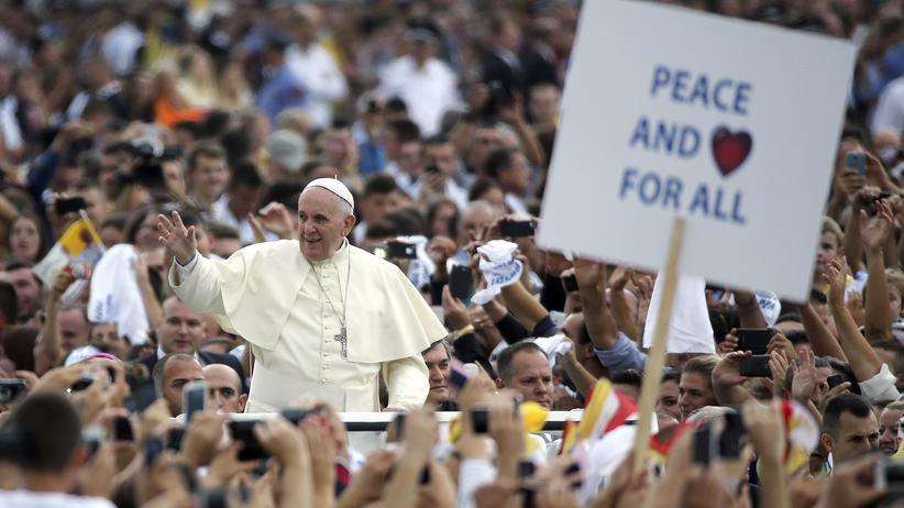 """Kirche: Franziskus verurteilt Terror des """"Islamischen Staates"""""""