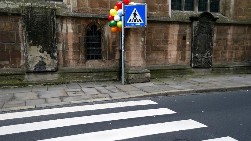 Straßenecke in Braunschweig am Tag des abgesagten Karnevalsumzugs