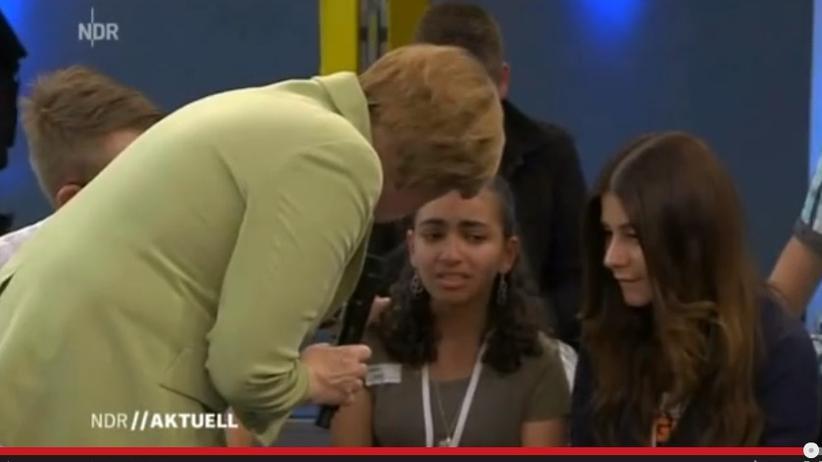 Angela Merkel: Muttitag in Rostock