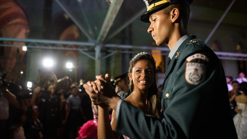 Rio de Janeiro: Walzer mit dem Wachtmeister