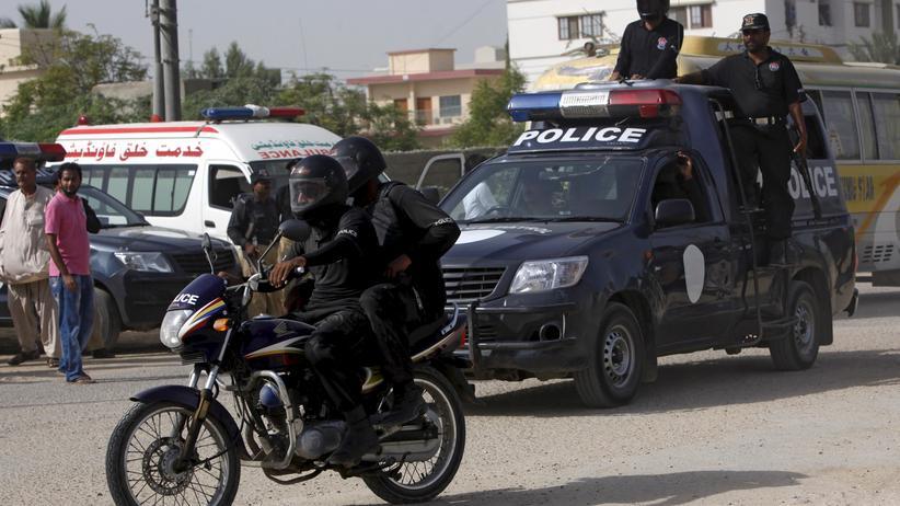 Die pakistanische Polizei ermittelt in einem gewaltigen Missbrauchsskandal.