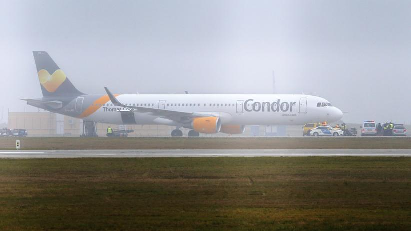 Condor-Flug DE490: Flugzeug aus Berlin muss wegen Bombendrohung notlanden