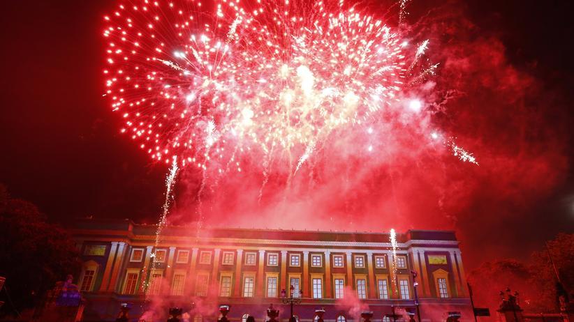 Feuerwerk über dem Königspalast in Brüssel im Jahr 2013
