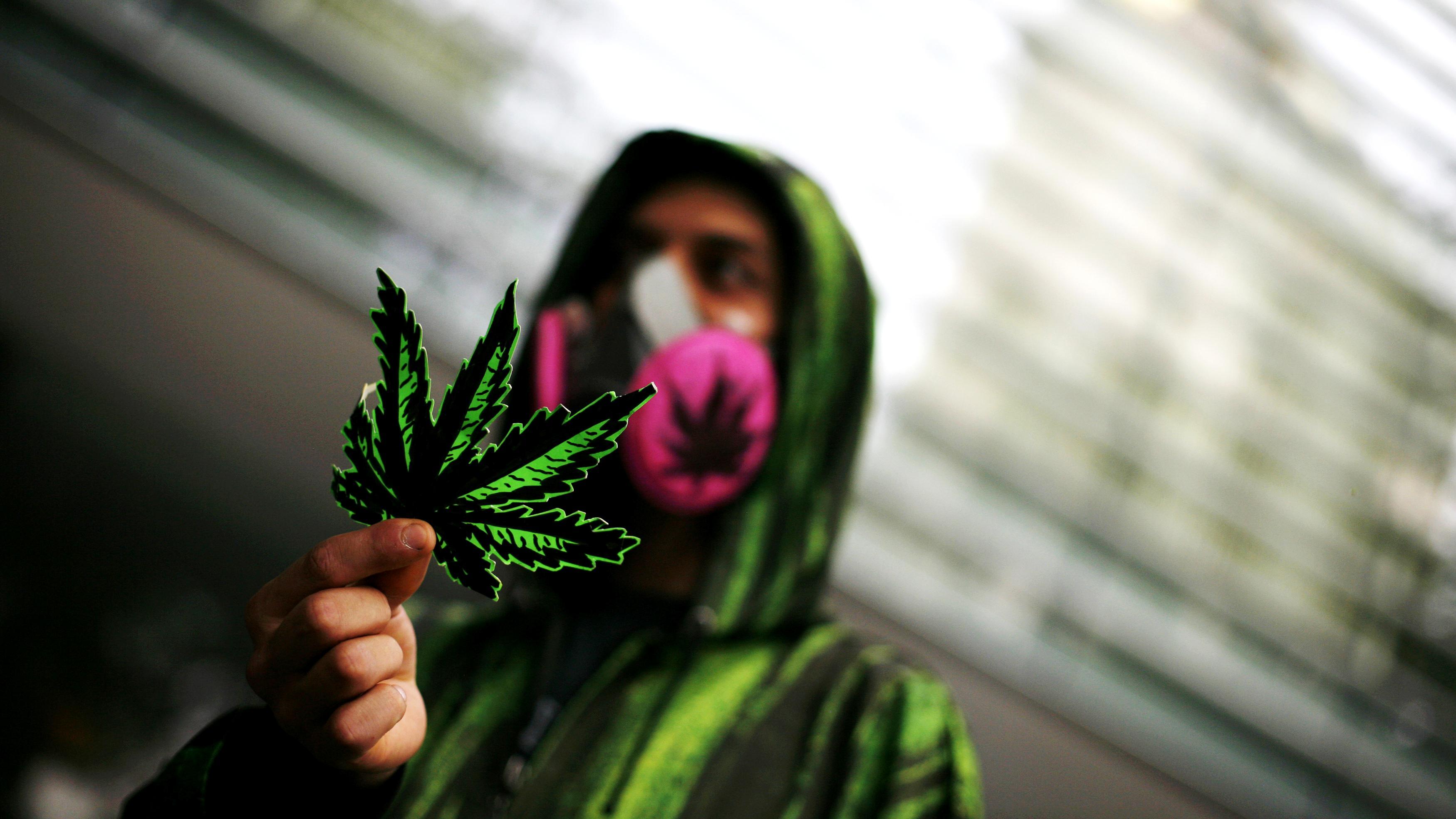 Kofi Annan fordert Legalisierung von Drogen