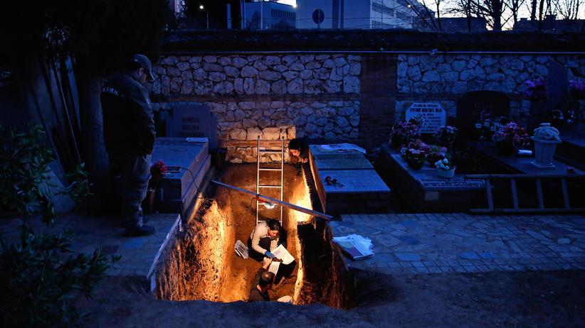 Spanien: Francos Opfer sollen würdig begraben werden