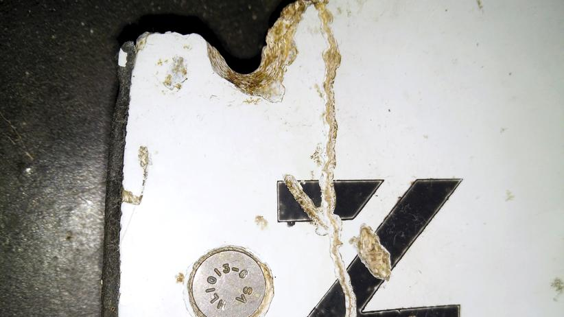 Malaysia Airlines: Ein Wrackteil, das laut den Behörden von MH370 stammen könnte.