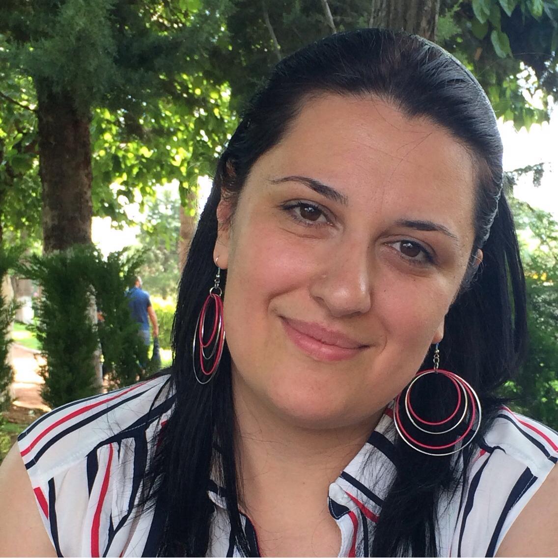 Die Journalistin Yasmine Merei