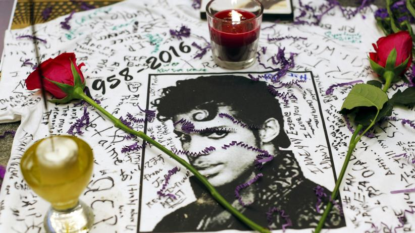 Popstar: Gedenken an Prince vor dem Apollo Theater in Harlem, New York