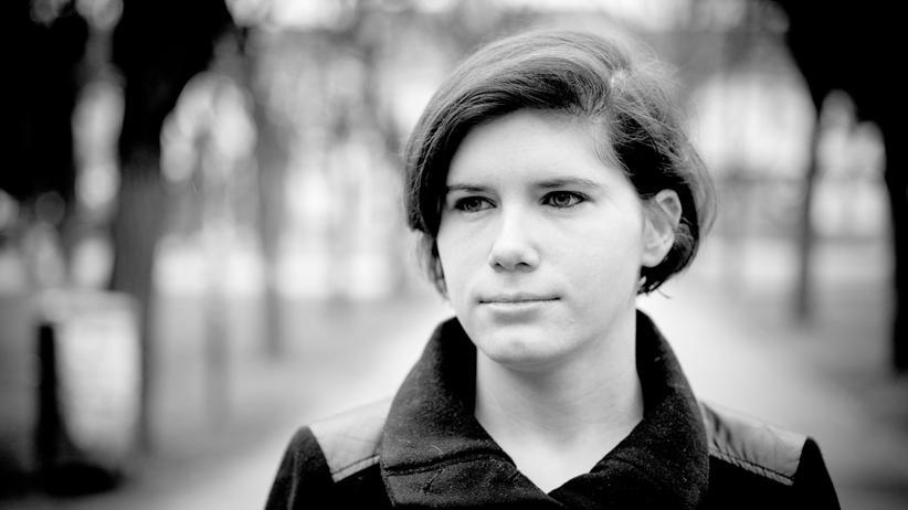 """""""Hass im Netz"""": Ingrid Brodnig befasst sich seit Jahren mit Online-Debatten. Ihr neues Buch """"Hass im Netz"""" geht der Frage nach, wie wir mit Hasskommentaren umgehen sollten."""