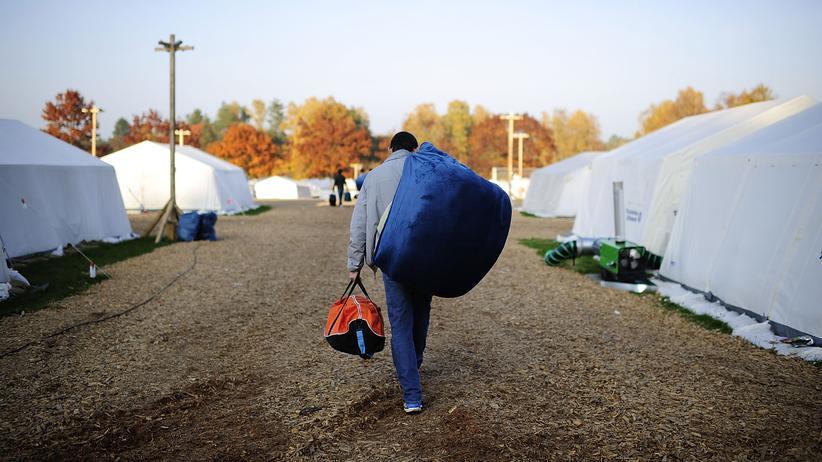 Integration: Zeltlager für Flüchtlinge in Celle