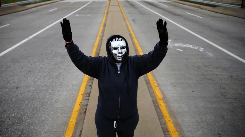 Algorithmen: In Ferguson im US-Bundesstaat Missouri gab es Proteste und Ausschreitungen, nachdem ein Polizist 2014 einen schwarzen Teenager erschossen hatte.