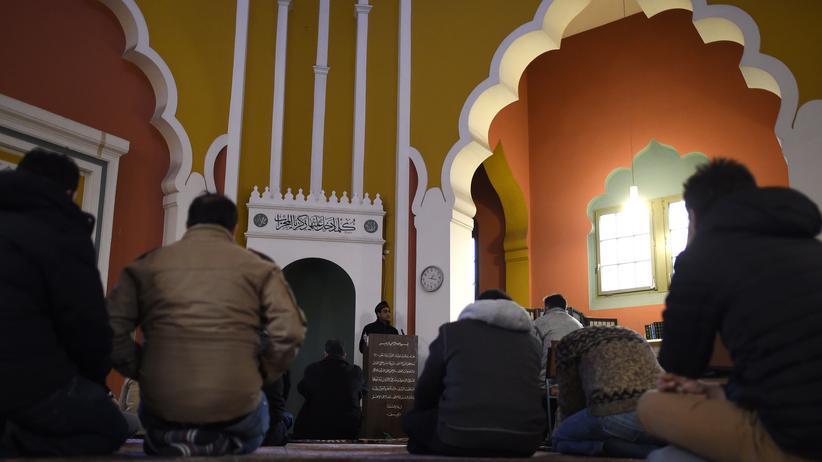 Muslime in Deutschland: Gebet in einer Moschee in Berlin