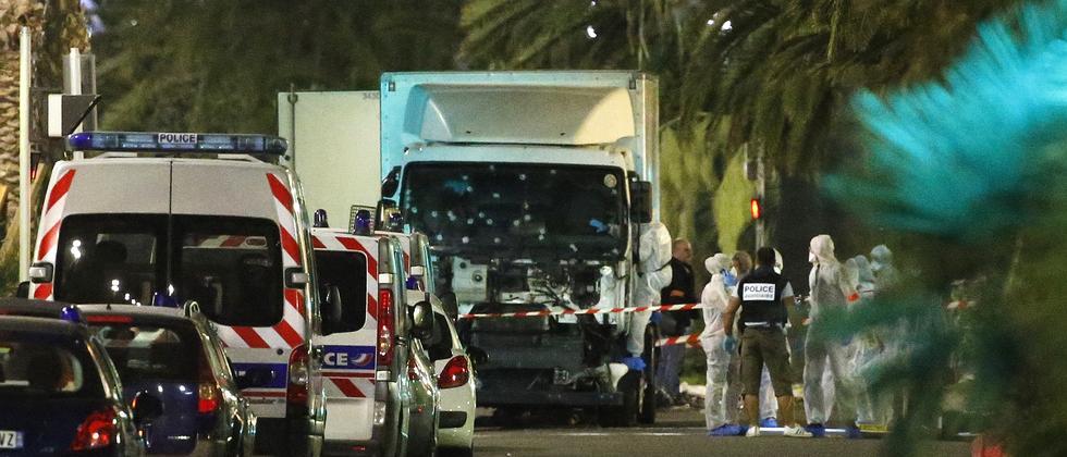 Mindestens 70 Tote bei Anschlag in Nizza