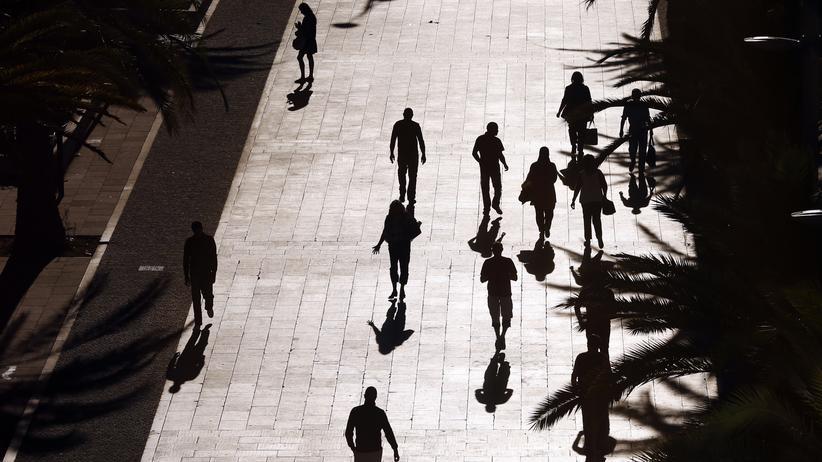 Nizza: Straßenszene in Nizza, Frankreich