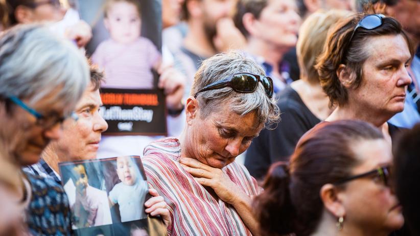 Australien: Demonstranten protestieren gegen die Flüchtlingslager im Pazifik.