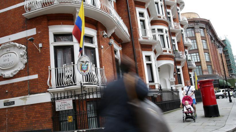 London: Schwedische Ermittler dürfen Assange befragen
