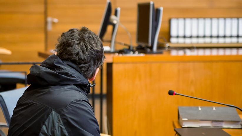 Bad Aibling: Der Angeklagte Michael P. im Gerichtssaal in Traunstein