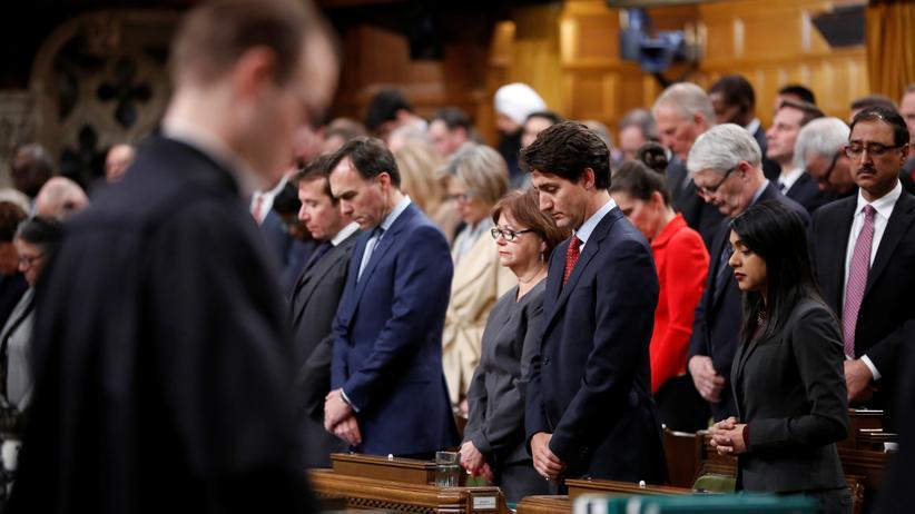 Kanada: Kanadas Premierminister Justin Trudeau und das Parlament halten eine Schweigeminute für die Opfer des Anschlags.
