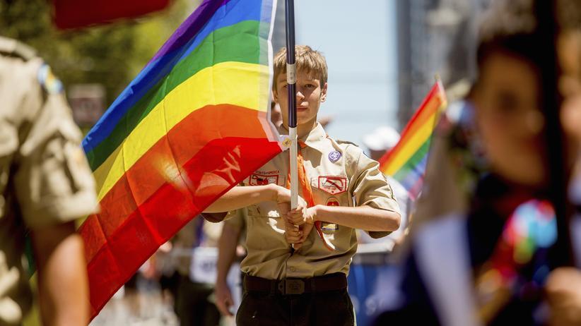 LGBTQ: Ein US-Pfadfinder beim Gay Pride Festival in San Francisco, Kalifornien