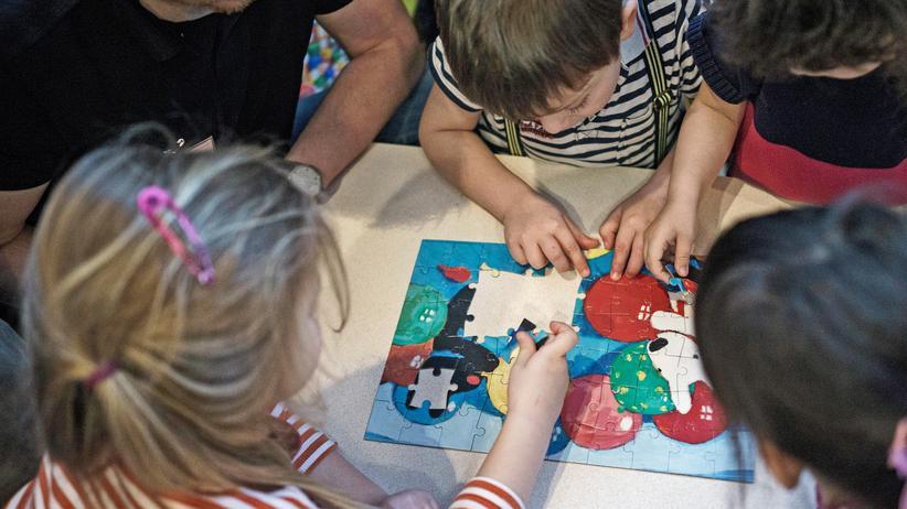 Integration: Kinder spielen in einer Kita in Berlin-Friedrichshain.