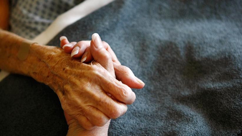 Sterbehilfe: Sterbehilfe kann im Extremfall möglich sein