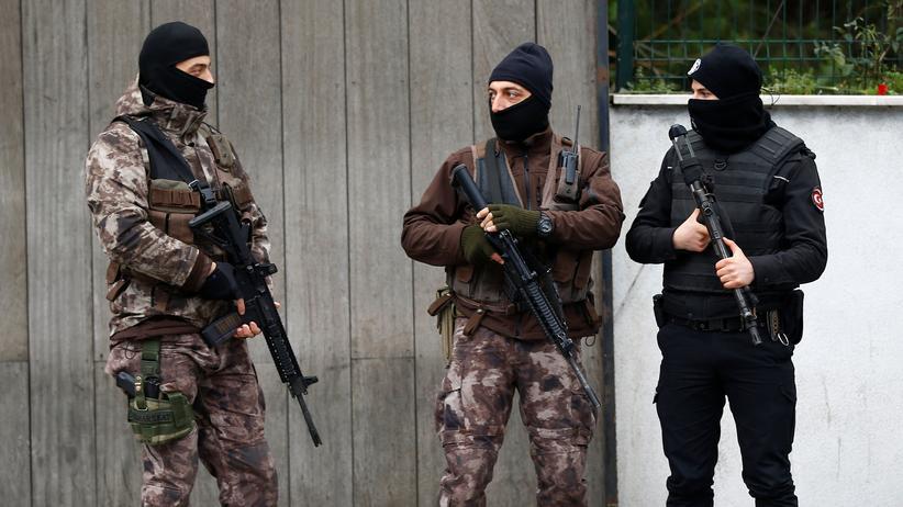Istanbul: Polizeikräfte patrouillieren in Istanbul.