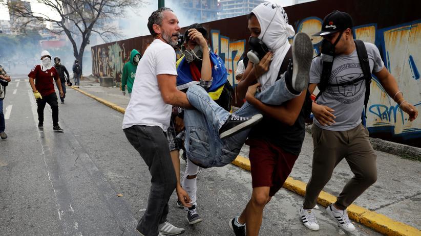 Oppositionsführer warnt vor einer Eskalation der Gewalt.