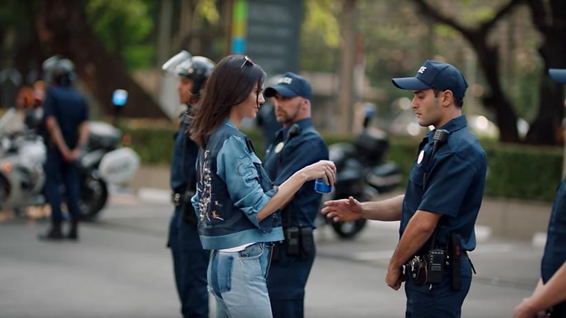 USA : Nivea und Pepsi zeigen, dass sie keine Ahnung von Rassismus haben