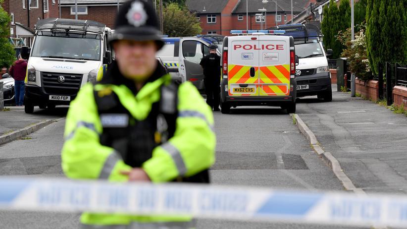 Anschlag in Manchester: Polizei nimmt drei weitere Verdächtige fest