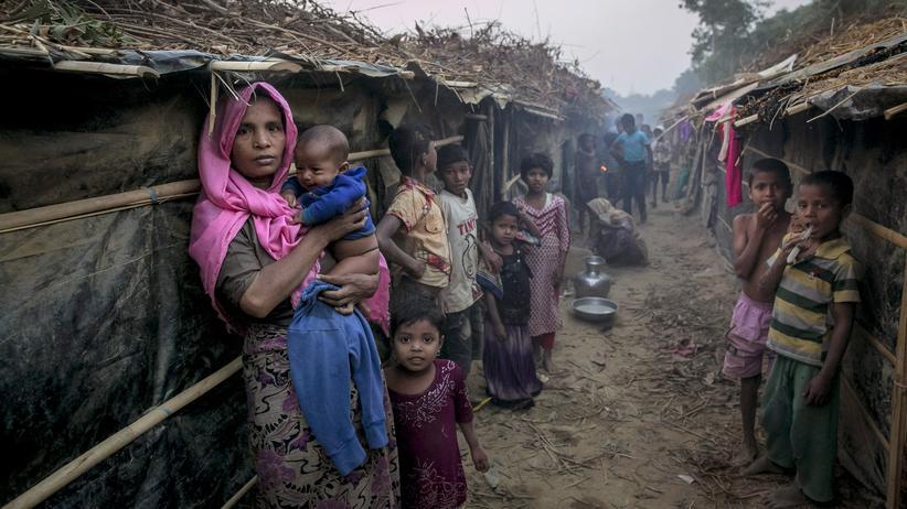 Rohingya: Mutter und Kind im Flüchtlingslager von Kutupalong, Bangladesch