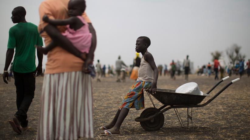 Flüchtlinge: Flüchtlinge aus dem Südsudan in einem Auffanglager in Uganda