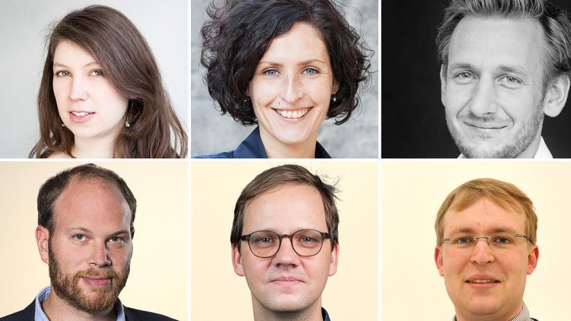Debatte: Diskutieren am 11. Juli in Berlin (von oben links): Sophie Rohrmeier, Doreen Reinhard, Benjamin Piel, Philip Faigle und Christian Bangel (Leiter des Ressorts #D17 bei ZEIT ONLINE), Gabriel Kords.