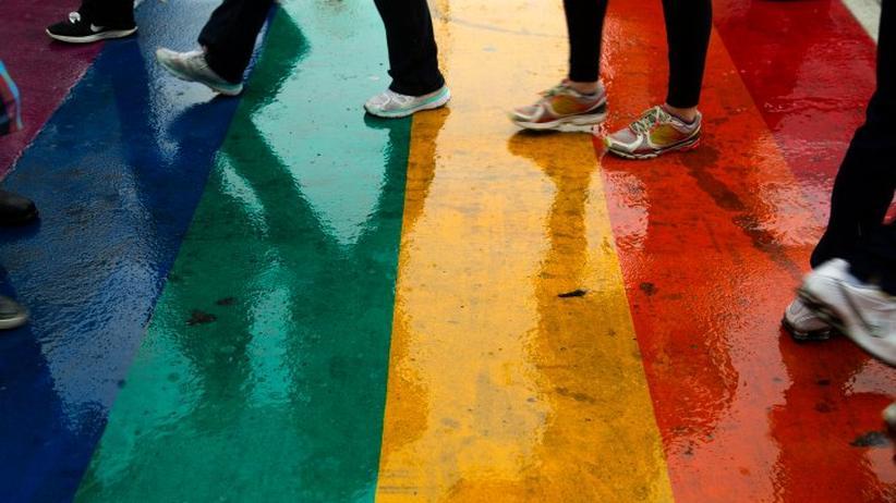 LGBT-Bewegung: Über dem Regenbogen