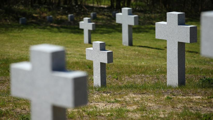 Deutsches Rotes Kreuz: DRK stellt Suche nach Weltkriegs-Vermissten ein
